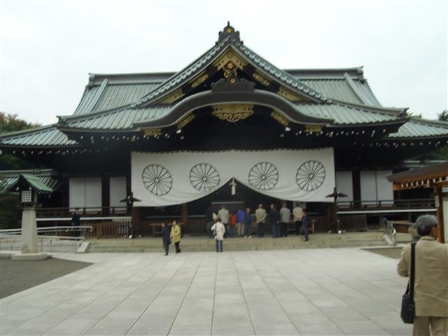 Yasukunihonden1_r