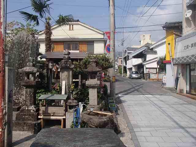 Ikedamachinami_r
